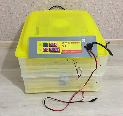 """Инкубатор для домашней птицы с автоматическим поворотом, терморегулятором и гигрометром """"SITITEK 112"""""""