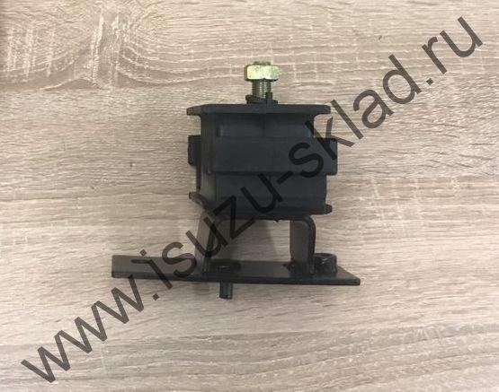 Опора двс правая (4HK1/4HG1) NQR71 / NQR75