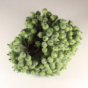 `Ягоды в сахарной обсыпке 12 мм (длина 16см), цвет - темно-зеленый. 1 уп = 40 ягодок ( 20 веточек)