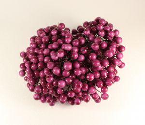 `Ягоды 10 мм (длина 16см), цвет фуксия, 1 уп = 40 ягодок ( 20 веточек)