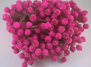 `Ягоды в сахарной обсыпке 12 мм (длина 16см), цвет фуксия 1 веточка=2 ягодки