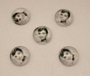`Кабошон, стекло, диаметр 25 мм, Арт. Р-КС0148