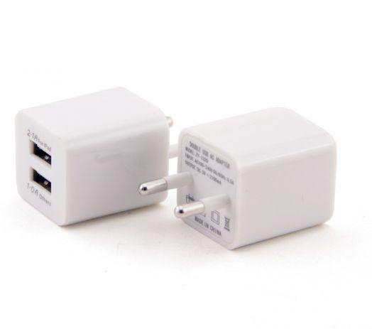 Вилка 2 USB квадрат (2.1A / 1A) белый
