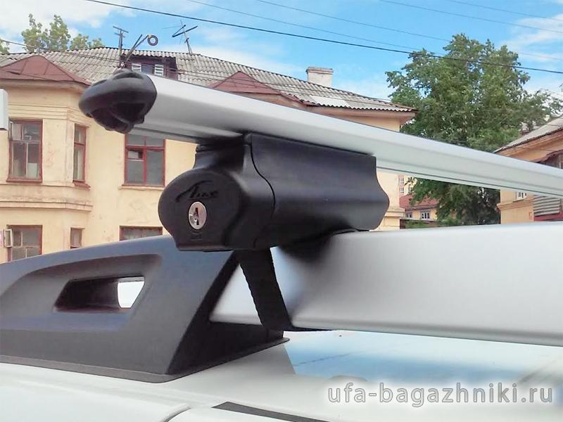 Багажная система на рейлинги Renault Duster 2 (2015-...) Lux Belt с аэродинамическими дугами (53мм), с ремнем
