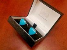 стильные английские запонки из бирюзы в форме плектра ( треугольник) PLECTRUM SHAPED TURQUOISE