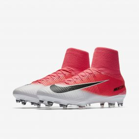 Бутсы NIKE MERCURIAL SUPERFLY V FG 831940-601