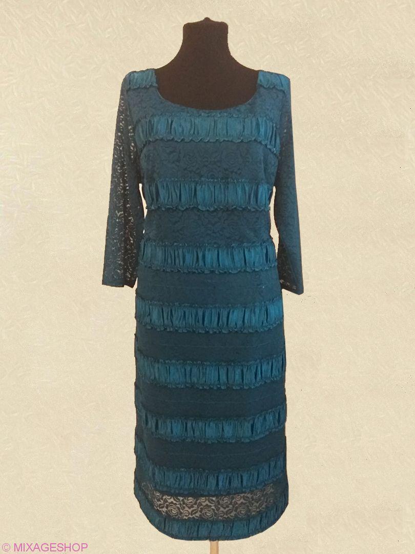 Нарядное платье цвета бирюза из стрейчевого гипюра и атласа