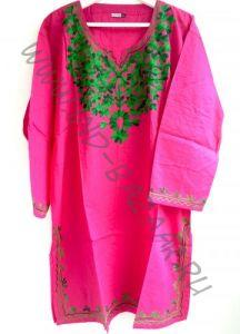 Розовая туника с зеленой вышивкой XXL (Москва)