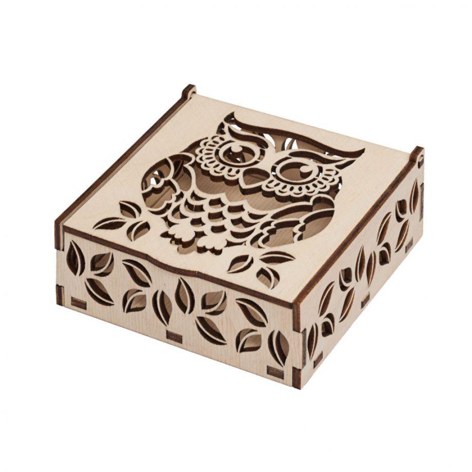 Подарочная резная коробка из дерева на заказ
