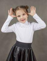 Блуза для девочки белого цвета