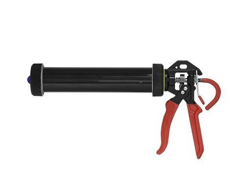 U-seal Профессиональный ручной пистолет с цилиндрическим алюминиевым корпусом закрытого типа. Подходит для нанесения продуктов средней и высокой вязкости, фасованных в тубы объемом до 400мл и картриджи до 310 мл. Передаточное отношение 18:1.