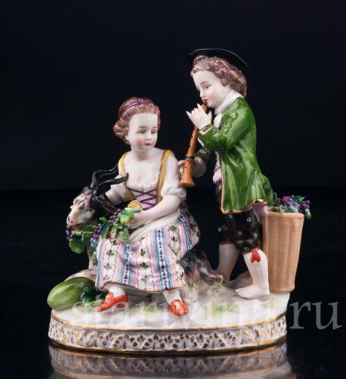 Изображение Мальчик с дудочкой, девочка с козочкой, (аллегория Осени),  Тюрингия, Германия, 19 в
