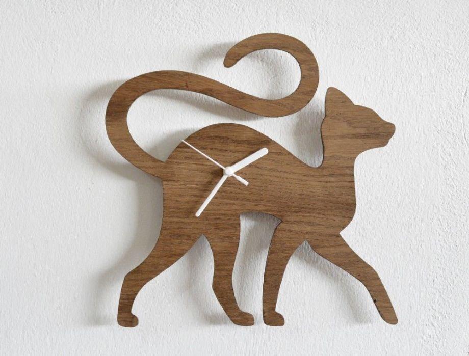 Часы из дерева на заказ