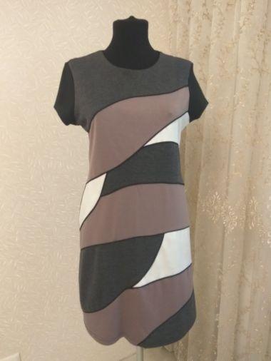 Оригинальное стильное платье из плотного трикотажа