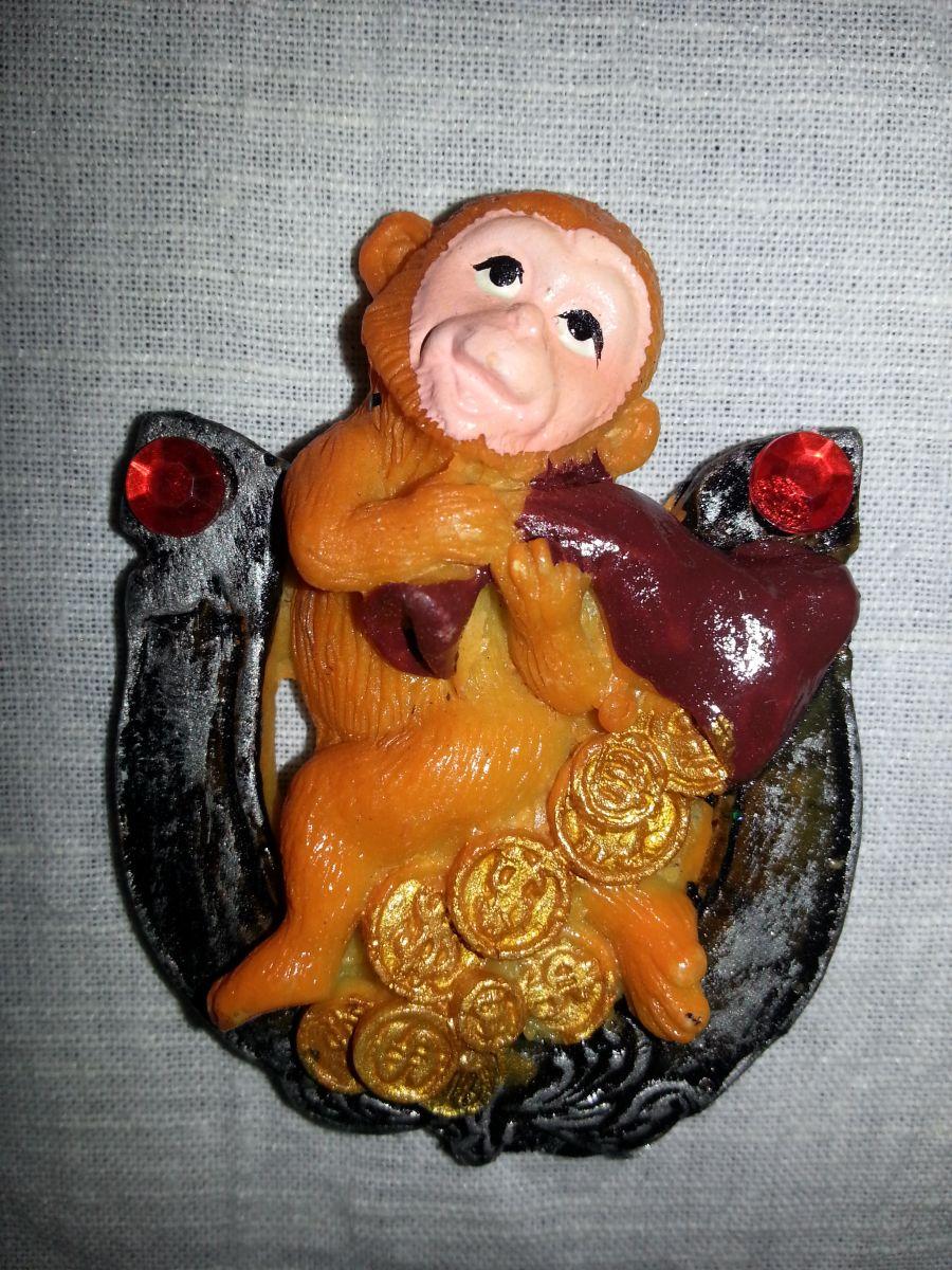 Магниты на холодильник обезьянка 001-3