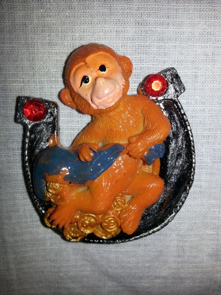 Магнит на холодильник обезьянка 001-4