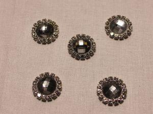 `Кабошон со стразами, круглый, цвет основы: серебро, цвет стразы: светло-серый, размер: 16мм