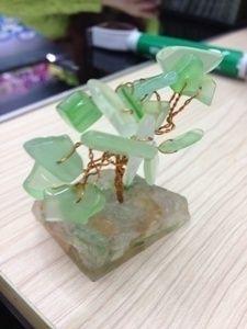 дерево с камнями самоцветное (7см)