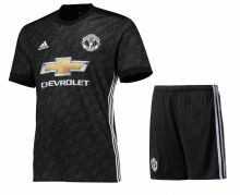 Гостевая форма Манчестер Юнайтед (Manchester United) сезон 17-18