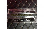 Наклейки на задние стойки Executive White для Toyota