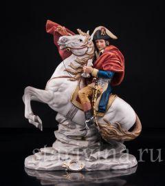 Наполеон Бонапарт на перевале Сен-Бернар, Capodimonte, Италия, вт. пол 20 в., артикул 03131
