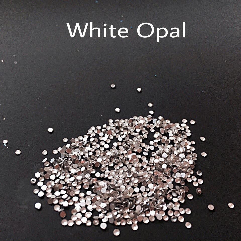Стразы SS3 стекло (White Opal) 1440шт.
