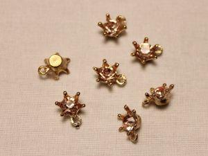 """Подвеска со стразами """"Корона"""", цвет основы: золото, цвет стразы: розовый, размер: 12х15мм (1уп = 10шт)"""