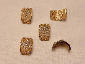 Кабошон со стразами, прямоугольный, дуга, цвет основы: золото, цвет стразы: прозрачный, размер: 20х13мм (1уп = 10шт)