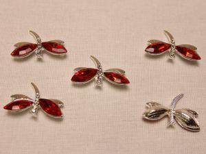 """`Кабошон со стразами """"Стрекоза"""", цвет основы: серебро, цвет стразы: красный, размер: 30х20мм"""