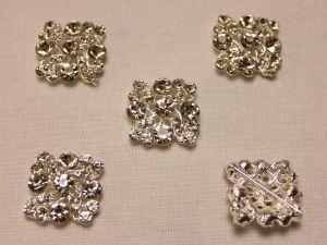 `Кабошон со стразами, квадрат, цвет основы: серебро, цвет стразы: прозрачный, размер: 25мм