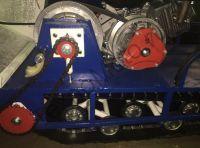Вепс Winter Стандарт/Лонг/Мини VW 500 B13 (1450мм) мотобуксировщик с гусеницей шириной 500 мм, вариатором Safari и двигателем SamSan/Lifan, мощностью 13 л. с., передний привод. Натяжитель и успокоитель приводной цепи.