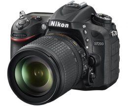 Nikon D7200 Kit AF S 18-105 VR