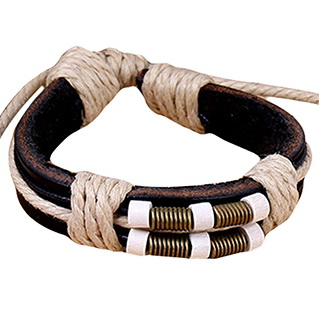 Кожаный браслет черный с фурнитурой