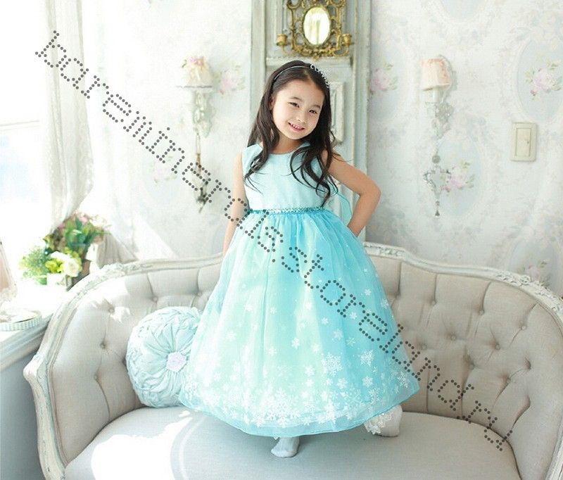 Пышное платье со шлейфом принцессы Эльзы на рост 125-130