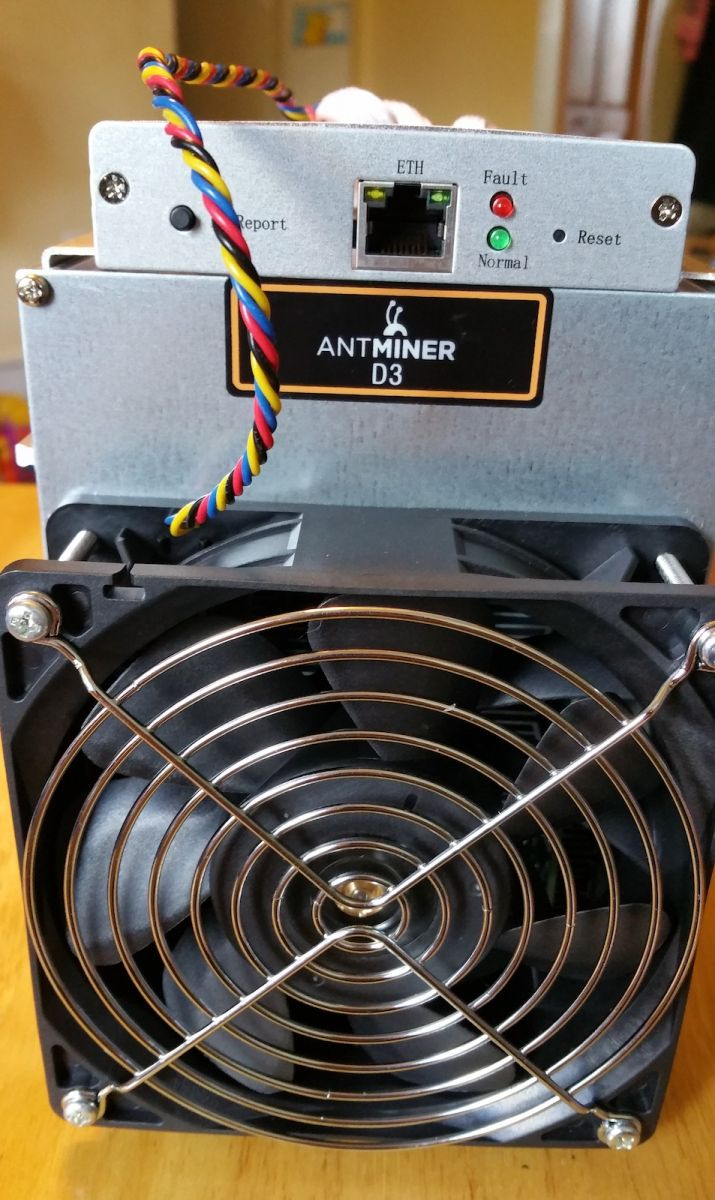 ANTMINER D3- 15 GH/s X11 Dash Miner