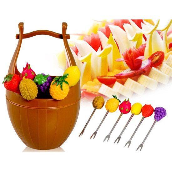 Набор шпажек для канапе в виде фруктов на подставке Wooden Casks Fruits Fork (Цвет: Коричневый)
