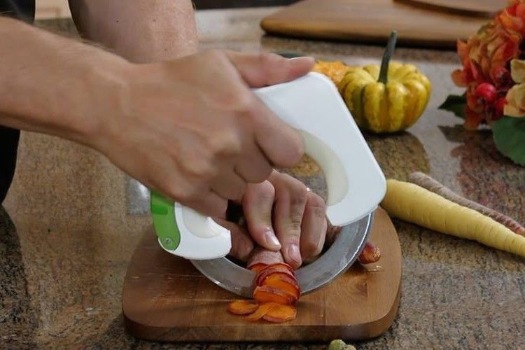 Круглый кухонный нож Bolo Circular Knife