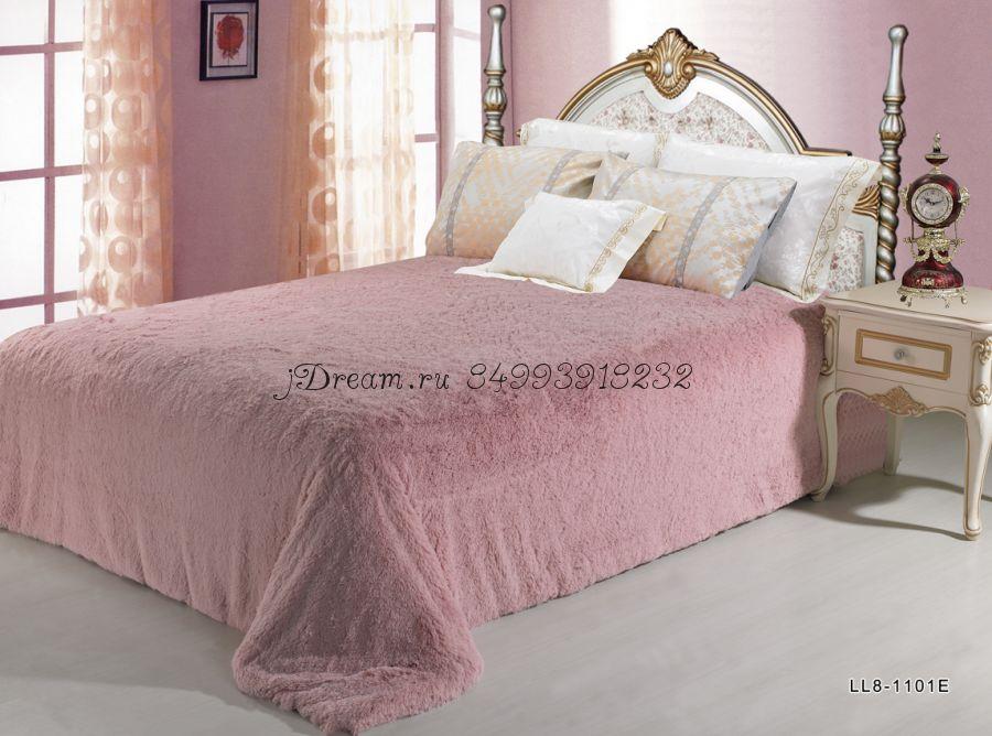 Меховое покрывало (бледно розовое)