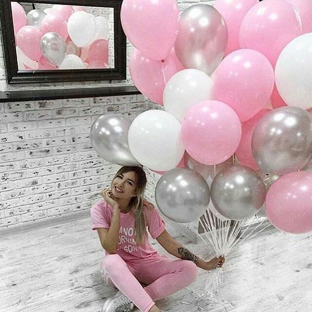 бело-розово-серебряные шары