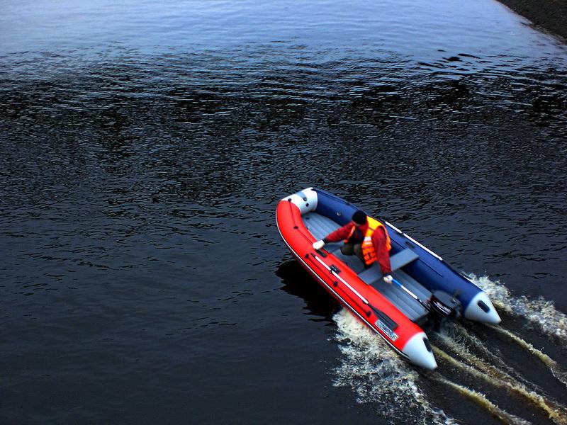 Лодка НДНД CompAs 380