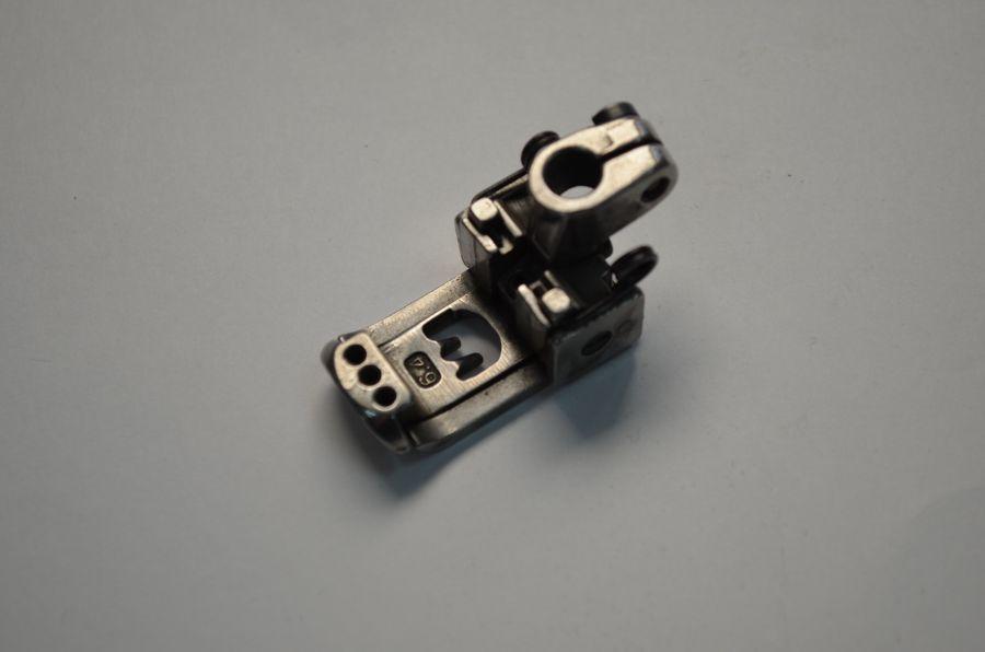 Лапка 6.4 на 3 иглы для плоскошовной машины