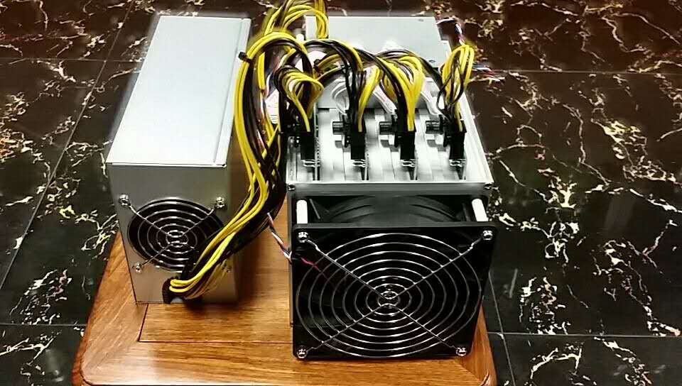 Asic Miners PinIdea X11 DR-100 Pro 22 GHs