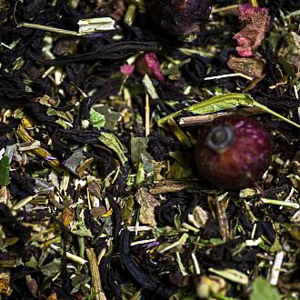 Монастырский чай - черный чай с натуральными растительными ингредиентами.