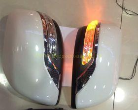 Корпуса зеркал с повторителем Executive (в цвет авто) для Toyota Land Cruiser 200