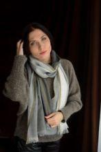 шотландский тонкий широкий легкий шарф  100% шерсть мериноса , Цвет- Серый -Пепельный-Бежевый- Оливковый. плотность 3