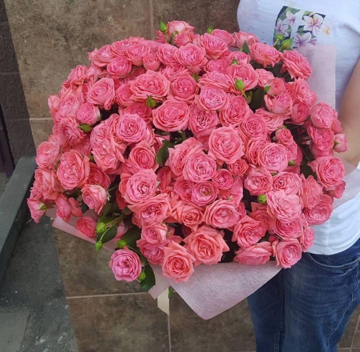 51 кустовая роза 50 см
