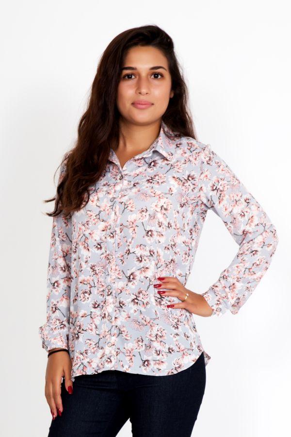 """Женская рубашка """"Лора"""" цветы"""