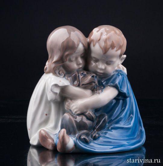 Изображение Дети с таксой, Royal Copenhagen, Дания, вт. пол. 20 в