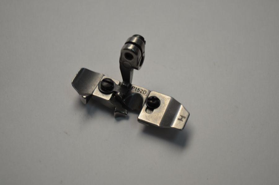 Лапка P152D-A для 3х ниточного оверлока, для изготовления ролевого шва (для Siruba)
