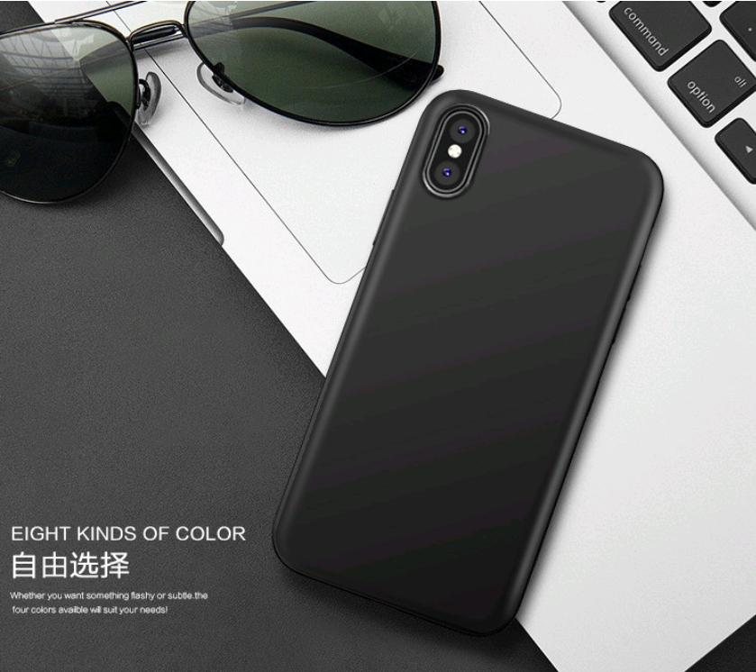 Тонкий силиконовый чехол матовый для iPhone X 10 (Черный)